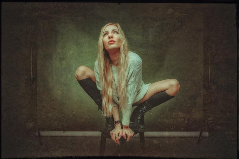 ELENA LIA | THEO STAMPELOS | LENTIL PORTRAIT STUDIO